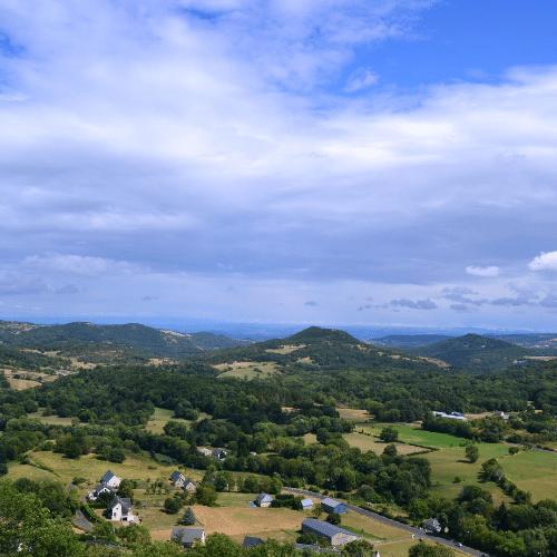 Auvergne avec des enfants - vue depuis le château de Murol