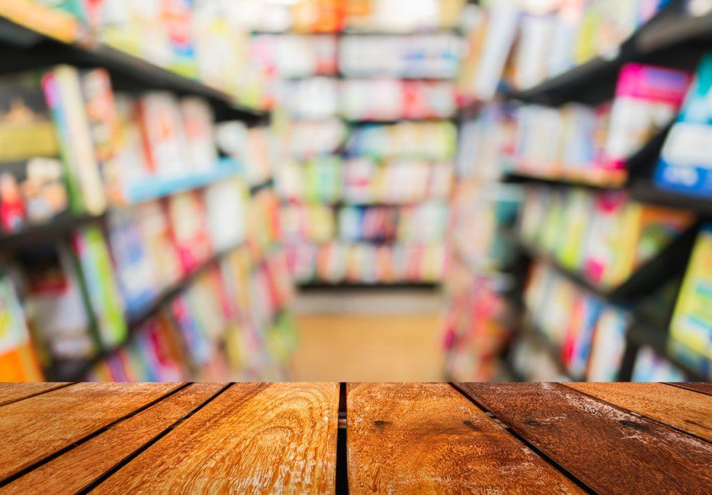 Visite librairie avec petits-enfants