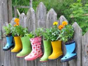 bottes-de-fleurs-cloture-bricolage-idees-colorees-diy