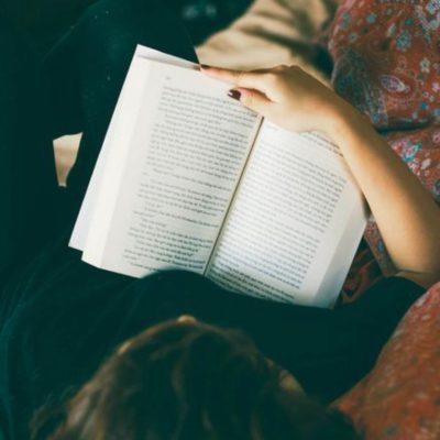 Note à toutes les familles : lire le même livre permettrait de réduire le manque
