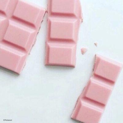 Une dictée + une tablette de chocolat offerte
