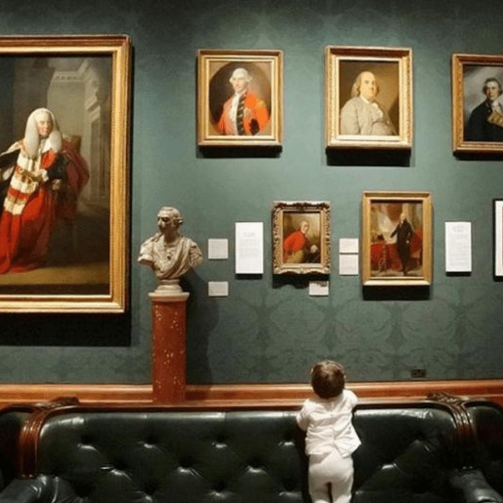 Une visite guidée des plus grands musées français, en famille et à distance !